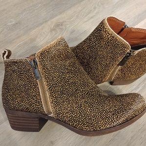 Lucky Brand cheetah booties 6m